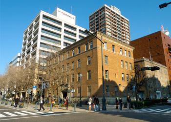 ZAIM(建物外観)。旧関東財務局の建物を活用。