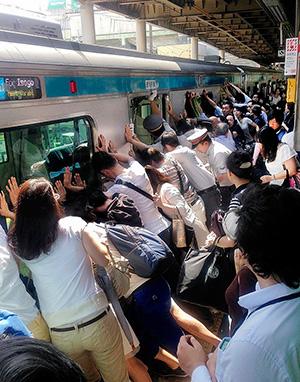東京写真記者 協会賞「見せましょう!日本の底力を」(読売新聞東京本社 繁田 統央)
