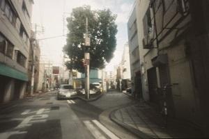 針穴写真展「街を漕ぐ」(2013年)より © Naoko Akiyama