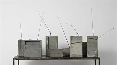イザ・ゲンツケン「世界受信機」1981(参考図版)