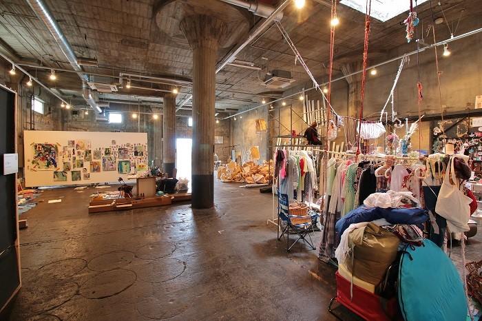 昨年のBankART Artist in Residenceの様子。PHOTO:RYUSUKE OONO