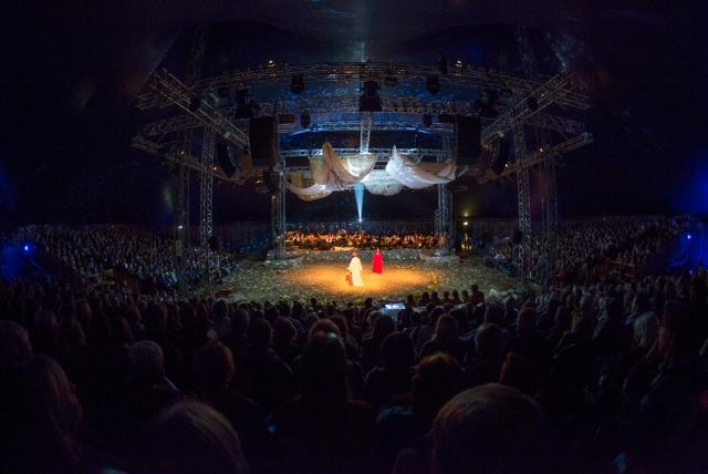 """BREMEN, 08.10.2015, Premiere der Stadtteil-Oper """"Sehnsucht nach Isfahan"""", Die Deutsche Kammerphilharmonie Bremen © Joerg Sarbach"""